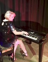 Jasmine - piano & vocals in Potters Bar, Hertfordshire